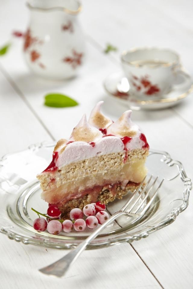 A ribizlihabos-almás réteges lett Magyarország cukormentes tortája
